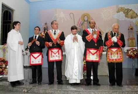 Masoni na Novus Ordo Missae
